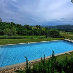 Bramasole: Wonderful views across the Tuscan valley