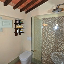 Bramasole: The second bathroom