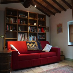La Casina: The study which can also double as a bedroom with the use of the sofa bed