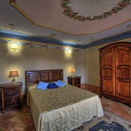 Palazzo Rosadi: One of the spacious carefully tailored ensuite double bedrooms