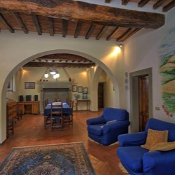 Palazzo Rosadi: Sit back and relax in the comforts of this traditional yet luxury villa in the heart of Tuscany, near the border with Umbria