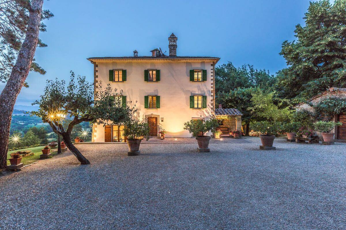 Palazzo Rosadi: Luxury villa in the hills of Monterchi, Tuscany