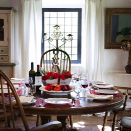 Villa Calcina: The spacious and wonderfully Tuscan dining area