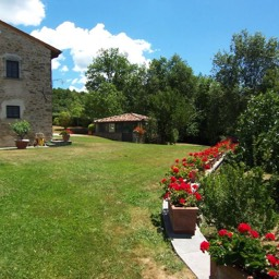 Villa Sergia: A summers day in Tuscany, the perfect place to relax in the sunshine