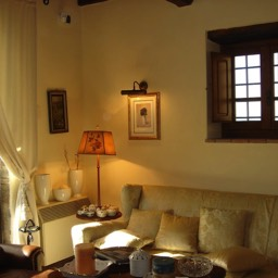 Villa Sergia: Soft lighting, enjoy relaxing evenings in this well equipped luxurious villa, Tuscany