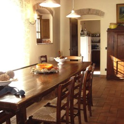 Villa Sergia: The perfect place to dine with friends and family, Tuscan holiday, Sansepolcro